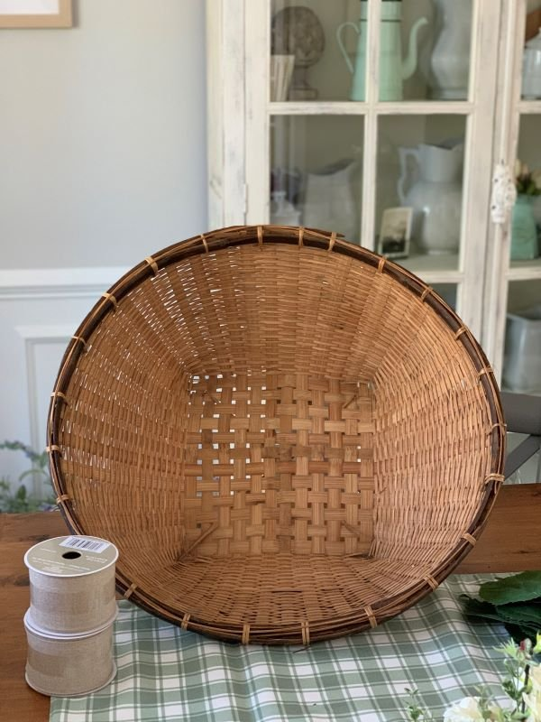 DIY Recycle Wreath 1.jpeg