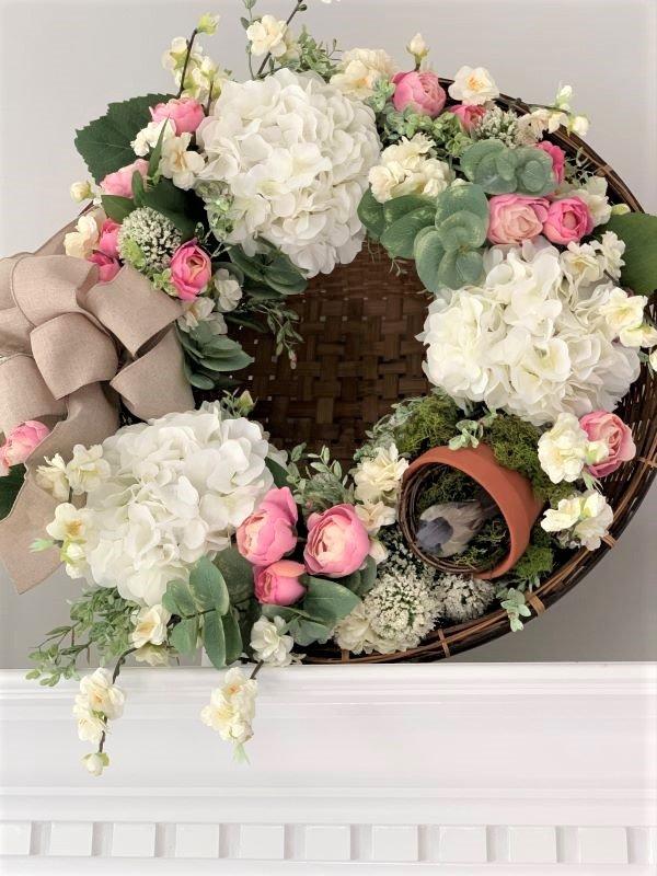 DIY Recycle Wreath Final 18.jpg