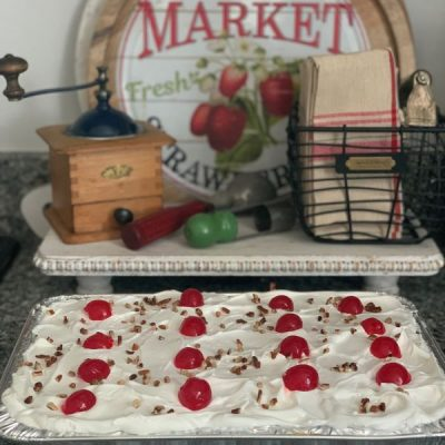 White Lilac Farmhouse's Banana Split Dessert