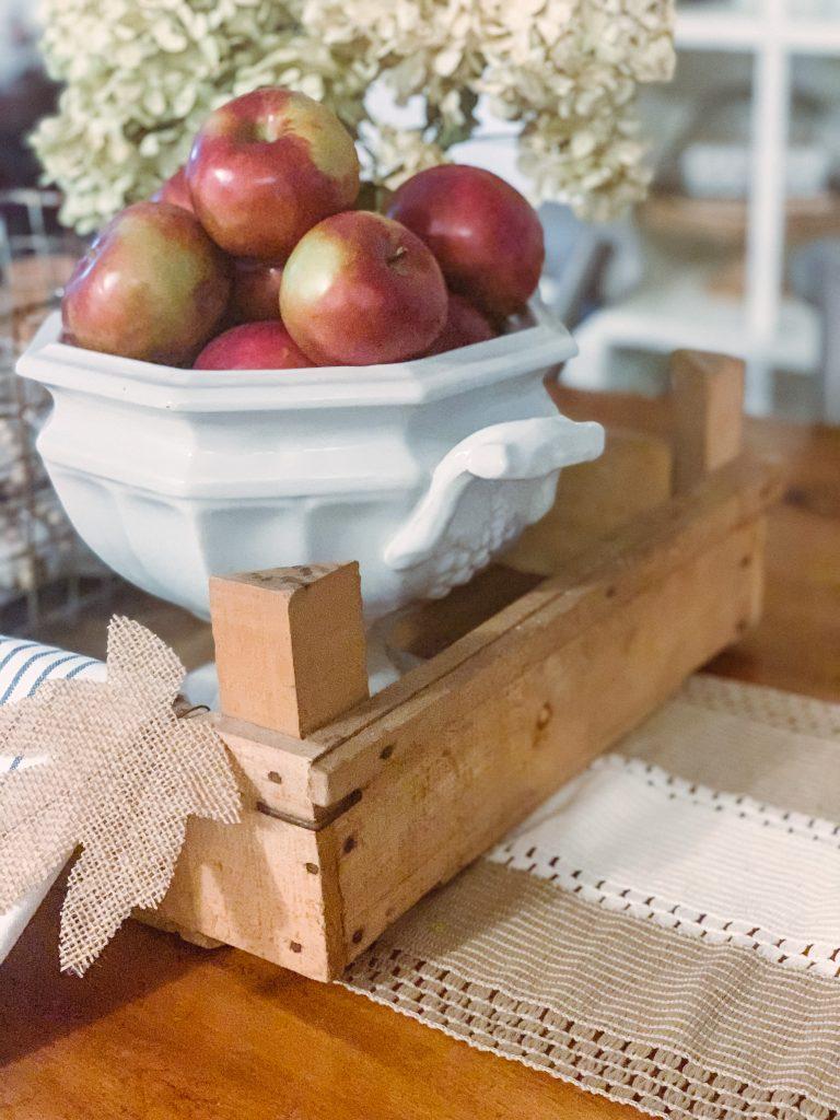 14 Easy DIY Fall Centerpieces Idea 4