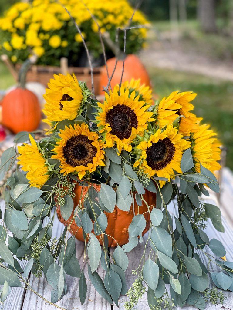 Outdoor Fall Table Setting Sunflowers B.jpg