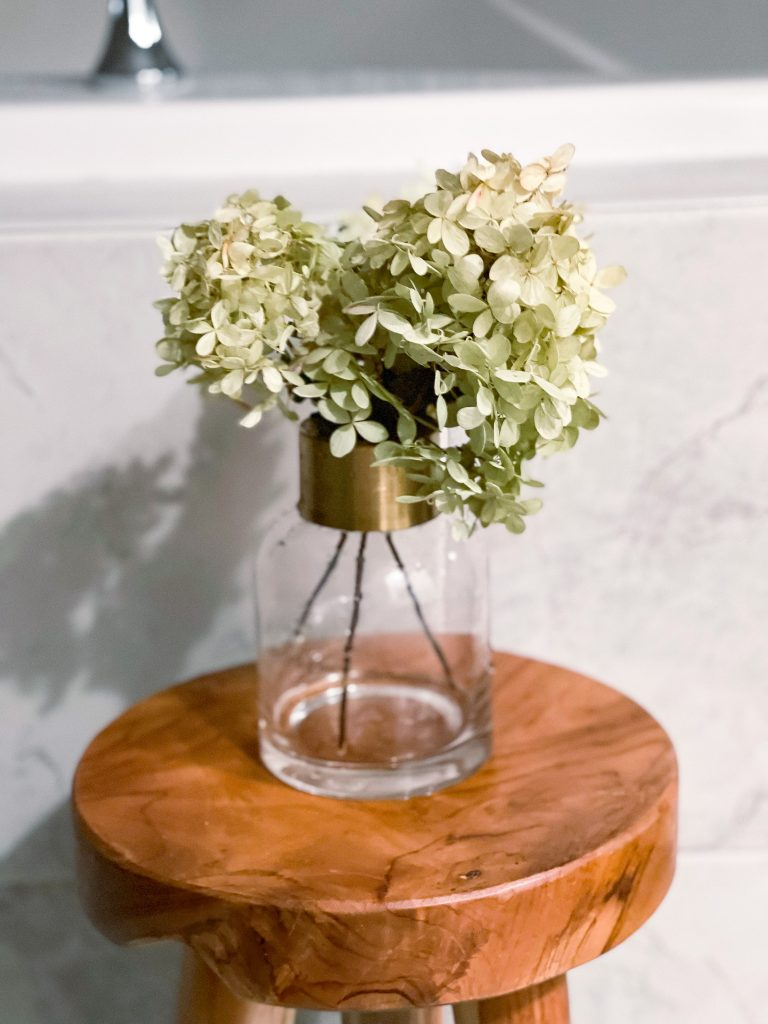 How to dry hydrangeas 5.jpg